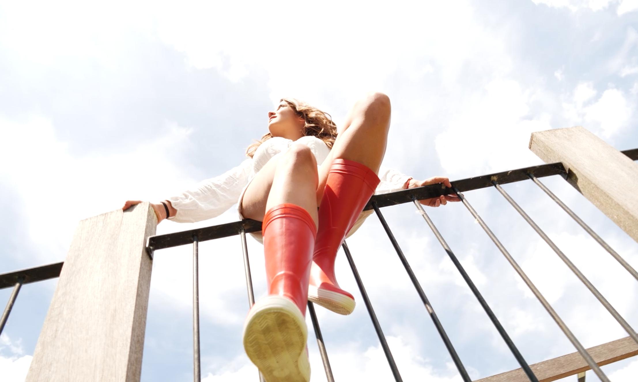 You are currently viewing Des Méduse hautes en couleurs avec Lorette Kaddour
